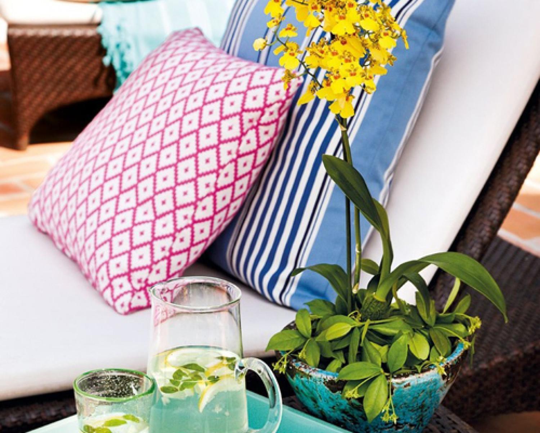 Trucos de decoraci n exterior oceans muebles de jard n for Cojines tumbonas jardin